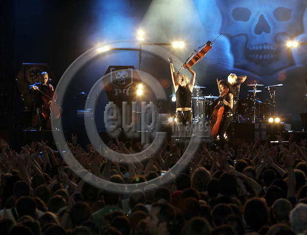 BRU APOCALYPTICA set the Grand Place of Brussels under vibrations, to mark the start of the Finnish EU-Presidency. -- PHOTO: JUHA ROININEN / EUP-IMAGES