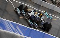 MONTMELO, ESPANHA, 10 DE MAIO DE 2013 - O piloto britanico Lewis Hamilton durante treino para o GP da Espanha de Fórmula 1 no circuito da Catalunha, em Montmelo, perto de Barcelona, Espanha, nesta sexta-feira, 10. FOTO: PIXATHLON / BRAZIL PHOTO PRESS.