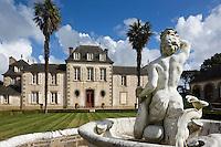 France, Ille et Vilaine (35), Côte d'Emeraude, vallée de la Rance,  Pleurtuit: Domaine de Montmarin et Château de Montmarin ,  Malouinière de style Louis XV //  France, Ille et Vilaine, Cote d'Emeraude (Emerald Coast), Rance Valley, Pleurtuit / Montmarin Castle -