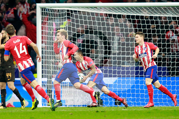 Atletico de Madrid's Gabi Fernandez, Antoine Griezmann, Angel Correa and Kevin Gameiro celebrate goal during Champions League 2017/2018, Group C, match 5. November 22,2017. (ALTERPHOTOS/Acero)
