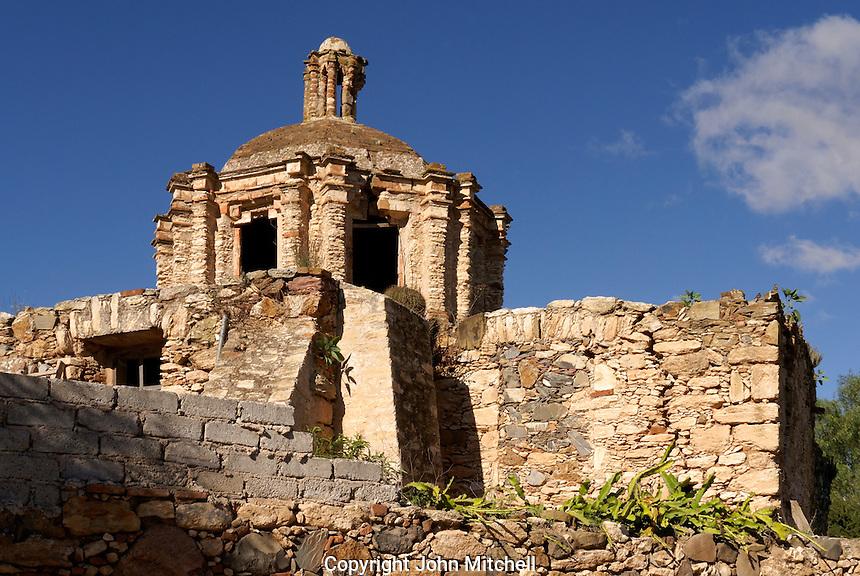 Ruined Spanish colonial chapel Capilla del Refugio in the 19th century mining town of Mineral de Pozos, Guanajuato, Mexico.