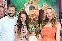 """LOS ANGELES - AUG 5:  Judd Apatow, Maude Apatow, Iris Apatow, Leslie Mann arrives at the """"ParaNorman"""" Premiere at Universal CityWalk on August 5, 2012 in Universal City, CA ©mpi27/MediaPunch Inc"""