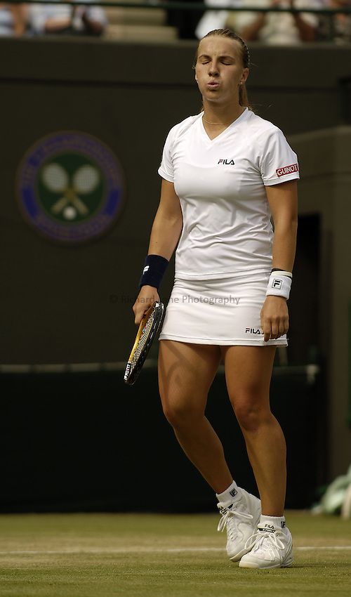 Photo. Jed Wee..Wimbledon Championships. 28/06/2005..Svetlana Kuznetsova.