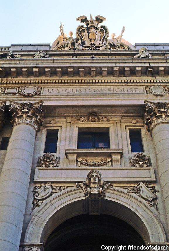 New York: U.S. Customs House, Entrance. Cass Gilbert, 1907.