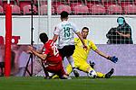 Ádám Szalai / Adam Szalai (FSV Mainz 05 #28), Jiri Pavlenka (Werder Bremen #01), Milos Veljkovic (Werder Bremen #13)<br /> <br /> <br /> Sport: nphgm001: Fussball: 1. Bundesliga: Saison 19/20: 33. Spieltag: 1. FSV Mainz 05 vs SV Werder Bremen 20.06.2020<br /> <br /> Foto: gumzmedia/nordphoto/POOL <br /> <br /> DFL regulations prohibit any use of photographs as image sequences and/or quasi-video.<br /> EDITORIAL USE ONLY<br /> National and international News-Agencies OUT.