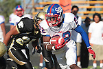 Palos Verdes, CA 09/24/10 - Shaquille Richard (Serra #22)  in action during the Serra-Peninsula varsity football game at Peninsula High School.