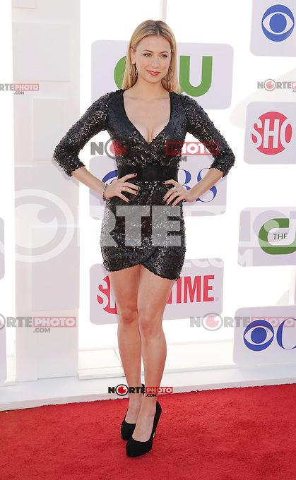 BEVERLY HILLS, CA - JULY 29: Iliza Shlesinger arrives at the CBS, Showtime and The CW 2012 TCA summer tour party at 9900 Wilshire Blvd on July 29, 2012 in Beverly Hills, California. /NortePhoto.com<br /> <br />  **CREDITO*OBLIGATORIO** *No*Venta*A*Terceros*<br /> *No*Sale*So*third* ***No*Se*Permite*Hacer Archivo***No*Sale*So*third*