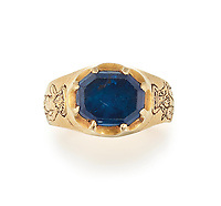 BNPS.co.uk (01202 558833)<br /> Pic: Christie's/BNPS<br /> <br /> A medieval ring found by a metal detectorist in the heart of Robin Hood's Sherwood Forest is tipped to sell for £50,000.<br /> <br /> Mark Thompson unearthed the gold ring in the Nottinghamshire woodland made famous by the legendary outlaw.<br /> <br /> The ring that contains a sapphire gemstone would have belonged to someone in the upper echelons of society in 15th century Sherwood.<br /> <br /> It is the sort of bling Robin Hood would have taken from the rich to give to the poor.