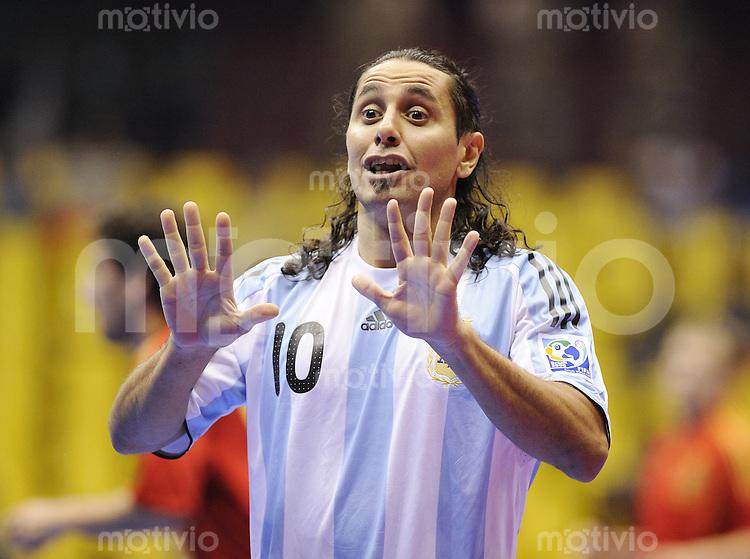 Fussball  International  FIFA  FUTSAL WM 2008   12.10.2008 Zwischenrunde Gruppe F Spanien - Argentinien Spain - Argentina Marcelo Giminez (ARG) gestikuliert waehrend dem Spiel