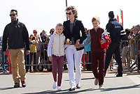 Le roi Philippe de Belgique, la reine Mathilde de Belgique, leurs enfants ; la Princesse Elisabeth, le Prince Gabriel, le Prince Emmanuel et la Princesse El&eacute;onore assistent &agrave; une d&eacute;monstration des services de sauvetage sur la plage de Middelkerke. <br /> La princesse Elisabeth a elle-m&ecirc;me particip&eacute; &agrave; la r&eacute;animation.<br /> Belgique, Middelkerke, 1er juillet 2017.<br /> King Philippe of Belgium, Queen Mathilde of Belgium and their children, Crown Princess Elisabeth, Prince Emmanuel, Prince Gabriel, and Princess Eleonore of Belgium pictured during a rescue exercice, part of a visit of Belgian royal couple at the Belgian coast, in Westende, Middelkerke.<br />  Belgium, Westende, Middelkerke, 01 July 2017.<br /> Pic :  Queen Mathilde of Belgium, Princess Eleonore of Belgium, Prince Emmanuel of Belgium
