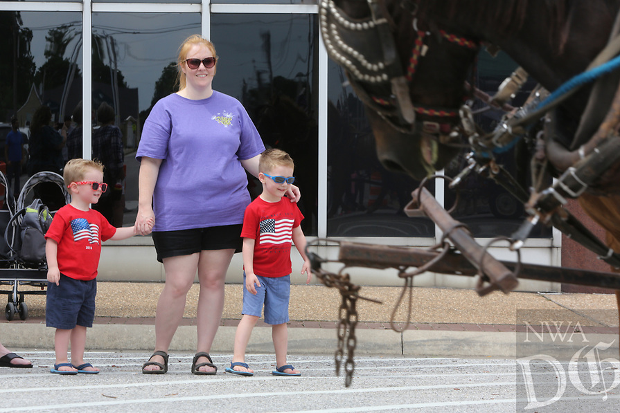 Emma Avenue June 21, 2017,  the annual Rodeo of the Ozarks Parade in Springdale. The parade kicks off the 73rd annual rodeo that opened Wednesday evening and runs through Saturday at Parsons Stadium.<br /> NWA Democrat-Gazette/DAVID GOTTSCHALK