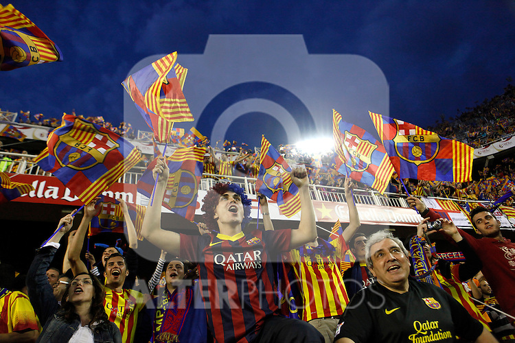 F.C. Barcelona´s supporters during the Spanish Copa del Rey `King´s Cup´ final soccer match between Real Madrid and F.C. Barcelona at Mestalla stadium, in Valencia, Spain. April 16, 2014. (ALTERPHOTOS/Victor Blanco)