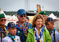 The king of Sweden is visiting Thai scouts. Photo: André Jörg/Scouterna