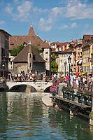 Europe/France/Rhône-Alpes/74/Haute-Savoie/Annecy: Vieilles maisons sur les bords du Thiou et le  le Palais de L'Isle