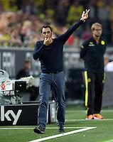 FUSSBALL  1. BUNDESLIGA  SAISON 2013/2014   3. SPIELTAG Borussia Dortmund - Werder Bremen                  23.08.2013 Trainer Robin Dutt (SV Werder Bremen)  an der Seitenlinie