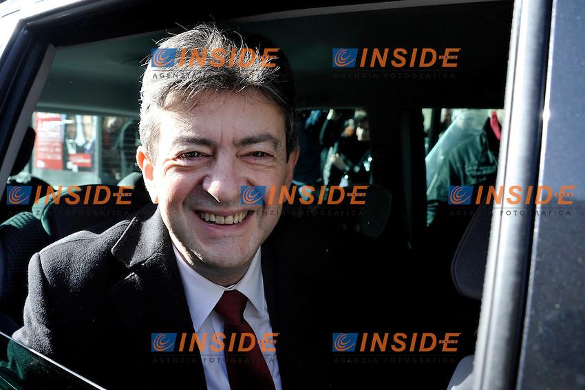 Jean Luc Melenchon .22/04/2012  Parigi -  Voto del candidato del partito del Front de Gauche, per le elezioni presidenziali..Foto Insidefoto / Panoramic .ITALY ONLY