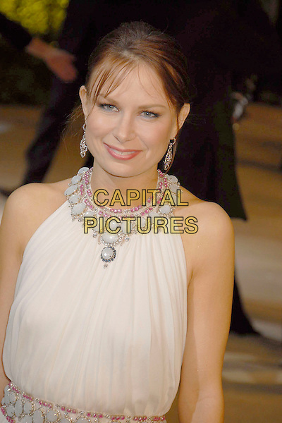 MARY LYNN RAJSKUB.The 2007 Vanity Fair Oscar Party Hosted by Graydon Carter held at Morton's, West Hollywood, California, USA, 25 February 2007..oscars  half length white dress beaded.CAP/ADM/GB.©Gary Boas/AdMedia/Capital Pictures.