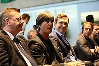 Bundestrainer Joachim Loew (Deutschland Germany) kommt zur Kaderbekanntgabe mit DFB-Praesident Reinhard Grindel, DFB-Generalsekretaer Friedrich Curtius - 15.05.2018: Vorläufige WM-Kaderbekanntgabe, Deutsches Fußballmuseum Dortmund