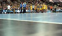 Handball Champions League  Frauen Damen - HCL HC Leipzig : HYPO Niederösterreich - Arena Leipzig - im Bild: Auszeit / Timeout / Hallenboden / Belag. Foto: Norman Rembarz...