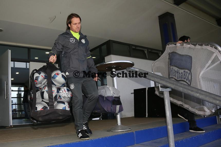 Co-Trainer Thomas Schneider - Training der Deutschen Nationalmannschaft, Wurfplatz Berlin