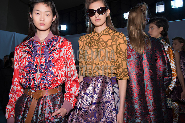 Dries van Noten<br /> Paris-  Verao 2016
