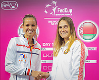 The Hague, The Netherlands, Februari 6, 2020,    Sportcampus, FedCup  Netherlands -  Balarus, Draw, seccond match on friday: Arantxa Rus (NED) (L) vs Aryna Sabalenka (BLR)<br /> Photo: Tennisimages/Henk Koster