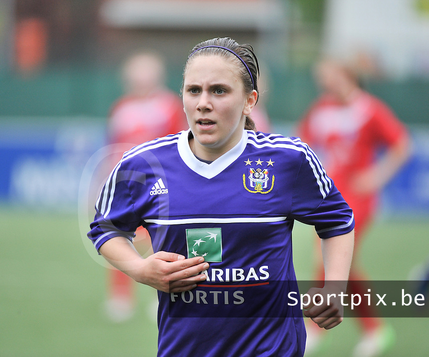 AA Gent Ladies U16 - RSC Anderlecht : Shauny Polfliet.foto DAVID CATRY / Nikonpro.be