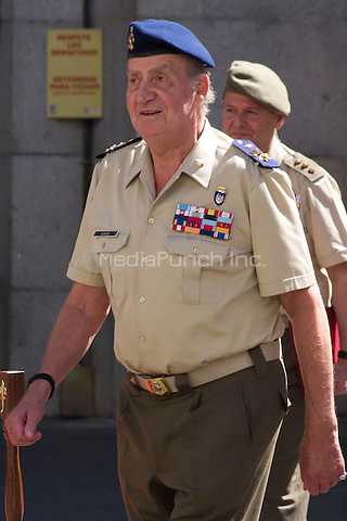 02.08.2012. King Juan Carlos of Spain visits the State Mayor of Defense in Madrid with Pedro Morenes y Alvarez de Eulate, Minister of defense and Fernando Garcia Sanchez, Minister of defense, chief JEMAD. Credit: Alterphotos/Marta Gonzalez/MediaPunch Inc. ***FOR USA ONLY***
