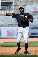 Staten Island Yankees infielder Carlos Urena (29) during first team workout at Richmond County Bank Ballpark at St. George in Staten Island, NY June 15, 2010.  Photo By Tomasso DeRosa/ Four Seam Images