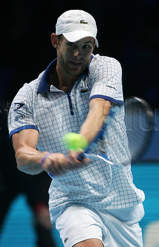24.11.2010 Barclays ATP World Tour Finals from the O2 in London, day four. Andy Roddick in action against Thomas Berdych