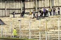 CURITIBA, PR, 15 DE MARÇO 2012 – ATLÉTICO-PR X SAMPAIO CORRÊA-MA - Torcida do Sampaio Corrêa durante jogo contra o Atlético válido pela primeira fase da Copa do Brasil. A partida aconteceu na noite de quinta-feira (15), na Vila Capanema, em Curitiba. <br /> (FOTO: ROBERTO DZIURA JR./ BRAZIL PHOTO PRESS)