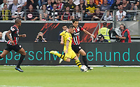 Paco Alcacer (Borussia Dortmund) zieht ab - 22.09.2019: Eintracht Frankfurt vs. Borussia Dortmund, Commerzbank Arena, 5. Spieltag<br /> DISCLAIMER: DFL regulations prohibit any use of photographs as image sequences and/or quasi-video.