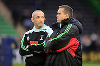 Conor O'Shea, Harlequins Director of Rugby, talks to Tony Diprose, Harlequins First Team Coach