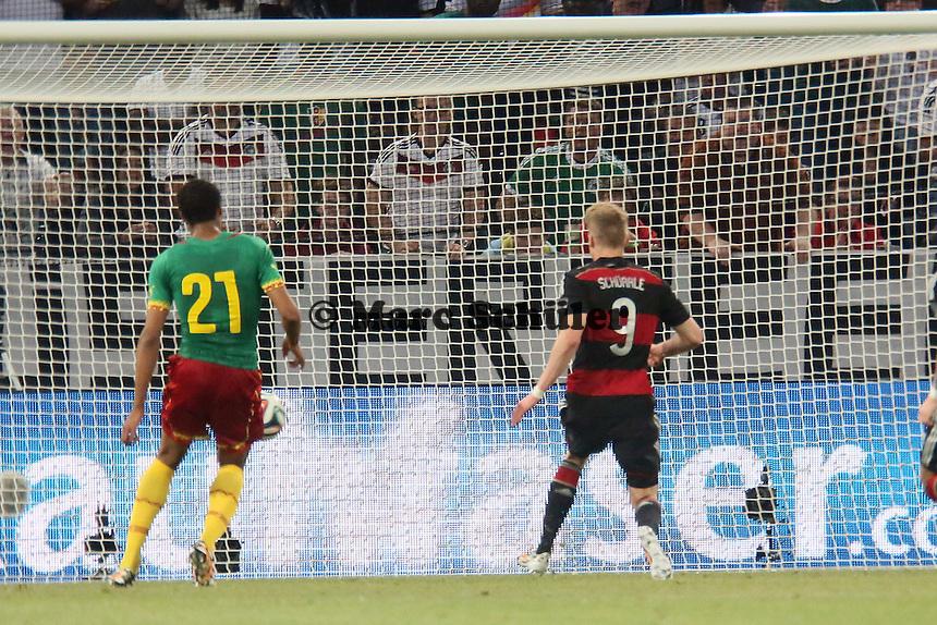 Andre Schürrle (D) staubt ab zum 2:1 - Deutschland vs. Kamerun, Mönchengladbach
