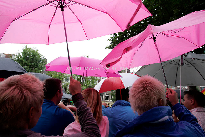NETHERLANDS, Amsterdam : 2010-08-07 - Amsterdam turned pink on saturday when the annual Canal Parade, the conclusion of the Gay Pride week, passed through the canals od Amsterdam.