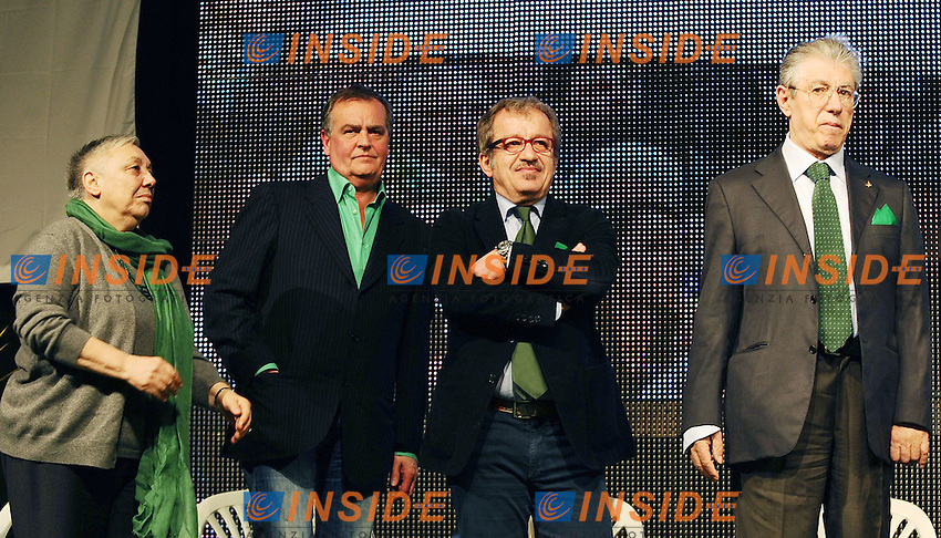 "Lega Nord Bergamo 10/04/2012 - manifestazione ""orgoglio Padano"" .nella foto: Umberto Bossi-Manuela Dal Lago-Roberto Maroni-Roberto Calderoli .Foto Insidefoto"