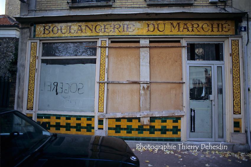 1995-1999; Issy les Moulineaux; La Ferme