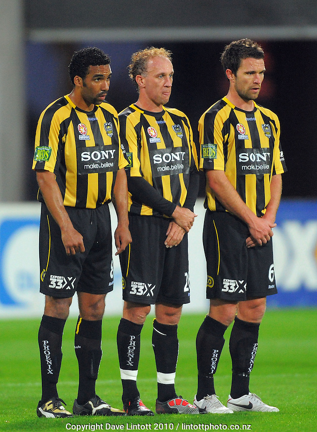 Phoenix' Paul Ifill, Simon Elliott and Tim Brown line up a defensive wall for a CCM free kick. A-League football - Wellington Phoenix v Central Coast Mariners at Westpac Stadium, Wellington on Saturday, 13 November 2010. Photo: Dave Lintott / lintottphoto.co.nz