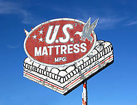 U.S. Mattress sign in Tucson, AZ