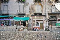 Palermo,panificio Morello,nel mercato del Capo con la sua  insegna di mosaico in stile Liberty del 1909.<br /> In Palermo, in the popular Capo market , Morello bakery stands out with its unique Art Nouveau sign of mosaics of 1909.