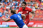 2nd February 2019, Spotless Stadium, Sydney, Australia; HSBC Sydney Rugby Sevens; Canada versus France; Mike Fuailefau of Canada looks for a way past Stephen Parez of France