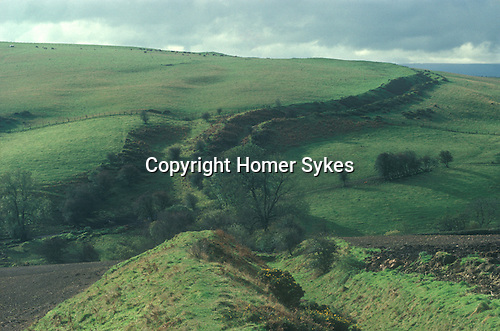 Offas Dyke, Nr Knighton Hill, Hereford and Worcester UK. Page 62 Mysterious Britain