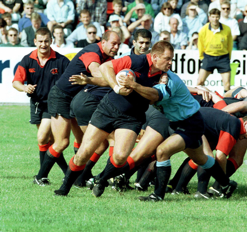 Photo : Ken Brown.20.9.97 Bedford v London Scottish.Mick Watson takes off from the base of the pack