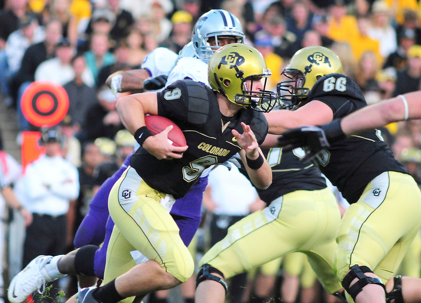 18 October 08: Colorado true freshman quarterback Tyler Hansen rushes against Kansas State. The Colorado Buffaloes defeated the Kansas State Wildcats 14-13 at Folsom Field in Boulder, Colorado.