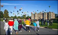 BNPS.co.uk (01202 558833)<br /> Pic: Longleat/BNPS<br /> <br /> The stunning Sky Safari takes off over Longleat House in Wiltshire this morning.<br /> <br /> Over 100 hot air balloons gently rose into the crystal clear autum skies around the estate near Warminster as dawn broke.