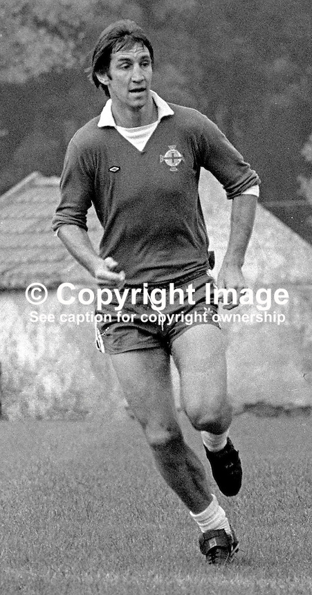 Chris Nicholl, footballer, Southampton FC &amp; N Ireland, at a training session prior to N Ireland's November 1980 game against Portugal at Windsor Park. 19801100399b<br />