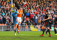 Blackpool's Paudie O'Connor battles with Sunderland's Jon McLaughlin<br /> <br /> Photographer Alex Dodd/CameraSport<br /> <br /> The EFL Sky Bet League One - Blackpool v Sunderland - Tuesday 1st January 2019 - Bloomfield Road - Blackpool<br /> <br /> World Copyright © 2019 CameraSport. All rights reserved. 43 Linden Ave. Countesthorpe. Leicester. England. LE8 5PG - Tel: +44 (0) 116 277 4147 - admin@camerasport.com - www.camerasport.com