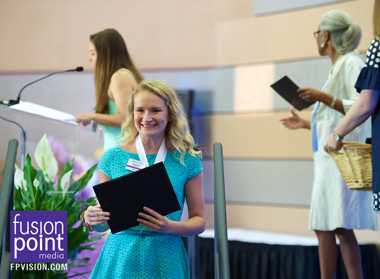 Distinguished Young Women Arrivals 2017