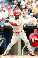 Philadelphia Phillies shortstop Jimmy Rollins bats against the Royals at Kauffman Stadium in Kansas City, Missouri on June 10, 2007.  The Royals won 17-5.