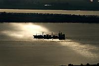 Deutschland, Elbe, Schiffsverkehr, Frachter, Transport
